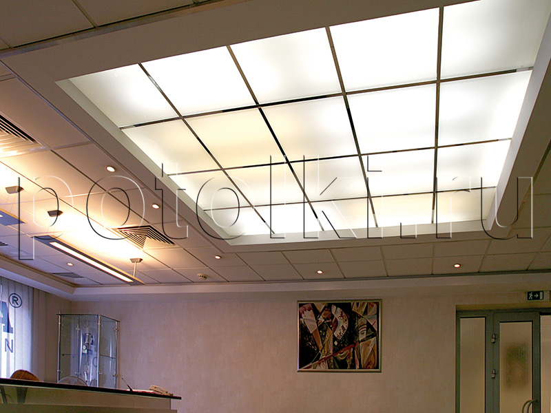Подвесные потолки с подсветкой